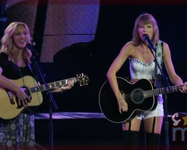 "Taylor Swift rememoró ""Smelly Cat"" con Phoebe de Friends"